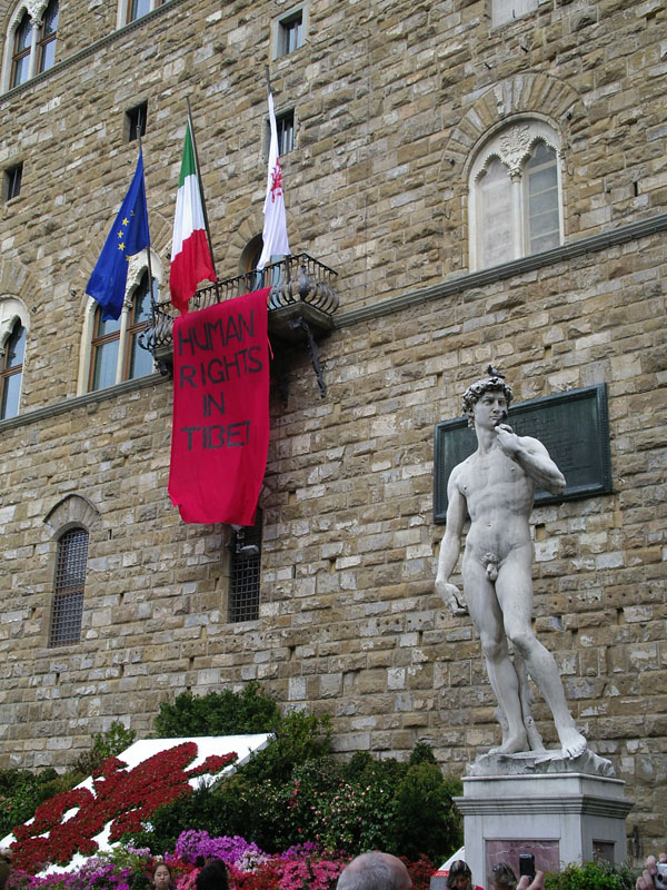 Human Rights in Tibet - Placard at Piazza della Signoria, right beside the David