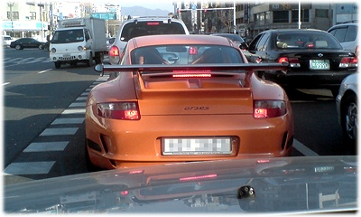 모 사이트에서 검색한 차량