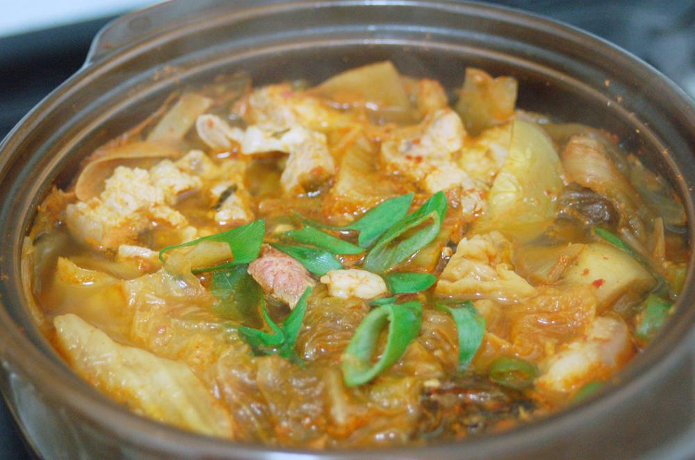 간단요리, 김치요리, 김치찌개, 김치찌게, 남편요리, 남편이만드는요리, 소주, 소주안주, 저녁만찬, 저녁식사, 저녁준비, 돼지고기